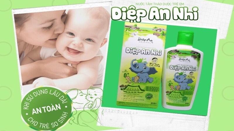 Tìm loại sữa tắm, nước tắm trị chàm sữa hiệu quả cho con