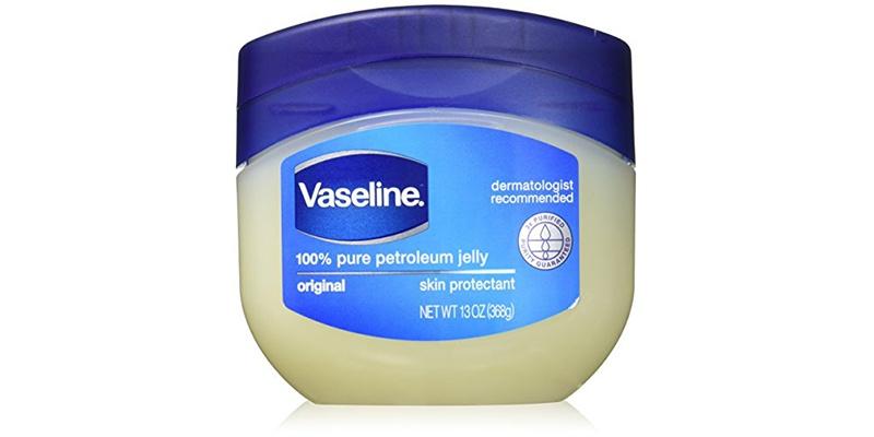 Kem Vaseline hỗ trợ điều trị chàm sữa