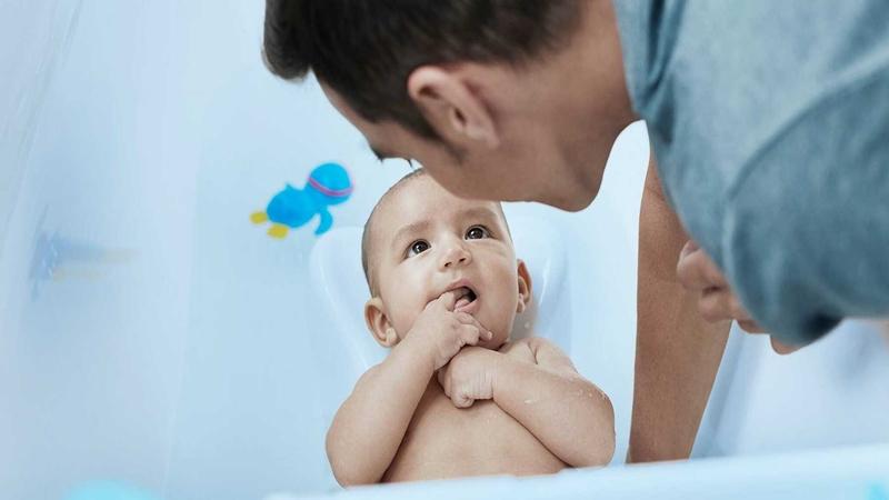 Diệp An Nhi - sản phẩm chăm sóc da số 1 từ thảo dược tự nhiên bố mẹ có thể áp dụng