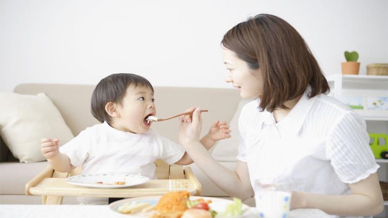 Bổ sung thêm Vitamin và khoáng chất cho cơ thể của bé