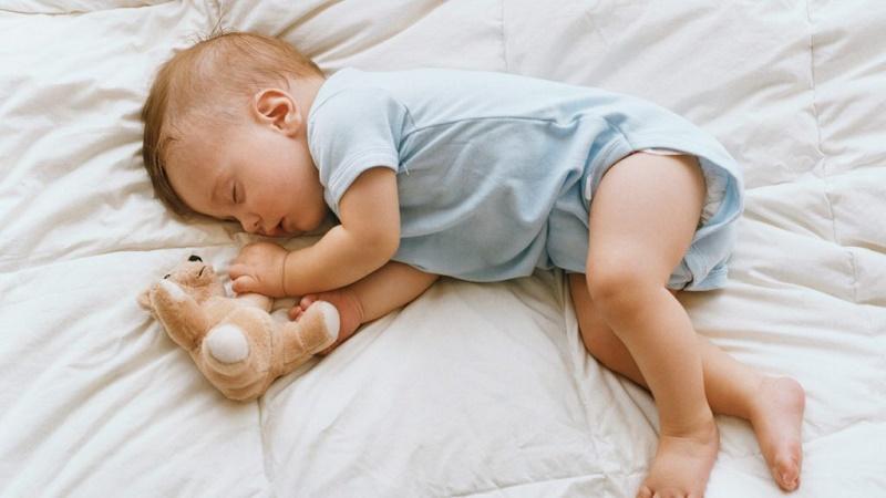 Tầm quan trọng của giấc ngủ đối với trẻ