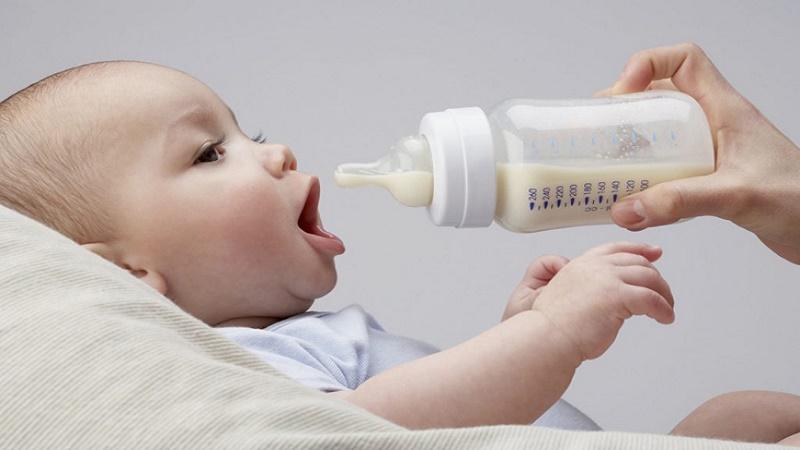 Cách chữa cho trẻ sơ sinh bị nấc
